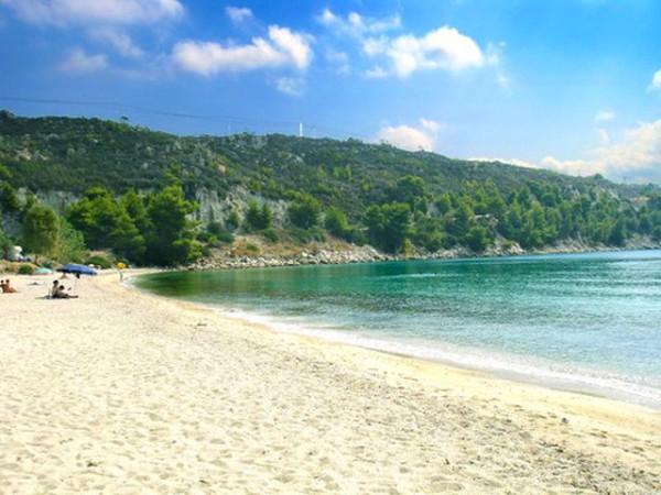 3. Agios Ioannis (Saint Ioannis) beach
