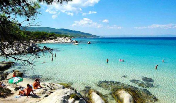 4. Kavourotripes beach