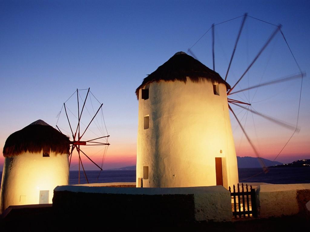 Get romantic in Mykonos – Best spots to steal a kiss