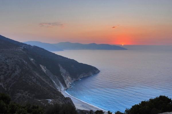myrtos sunset thumb