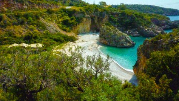 foneas beach 2a