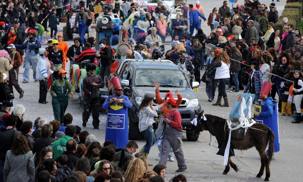 Carnival parade in Tinos